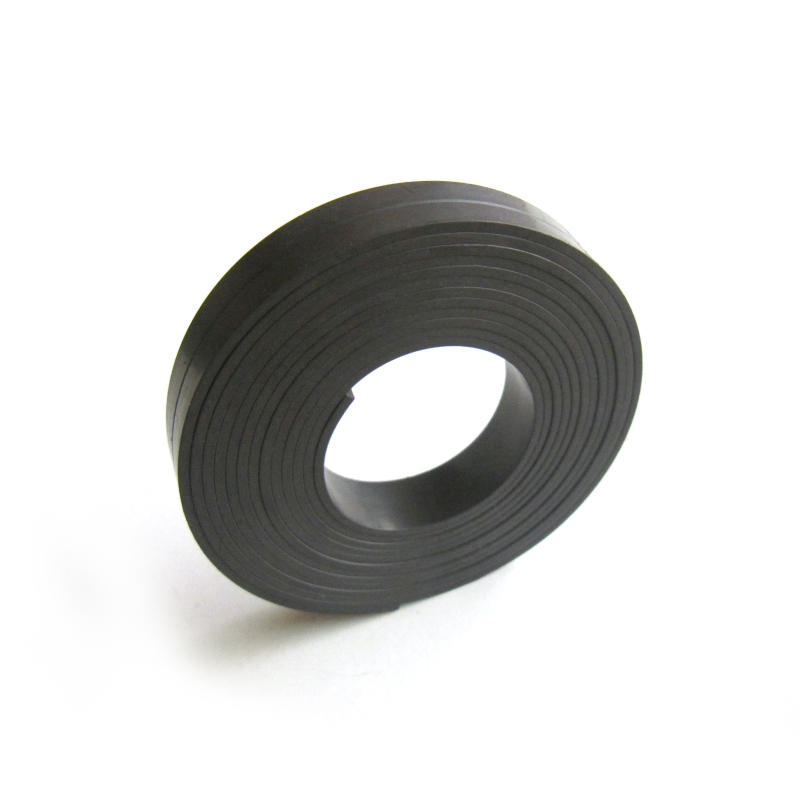 flexible rubber magnetic extrusion strip